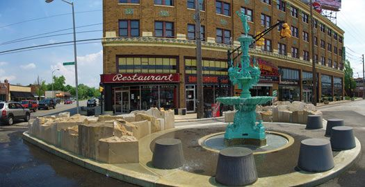 Fountain Square Historical Buildings Art Galleries Great Restaurants And Duckpin Bowling