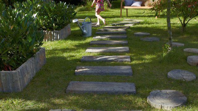 cr er un chemin dans son jardin les bonnes id es de b b pinterest outdoor. Black Bedroom Furniture Sets. Home Design Ideas