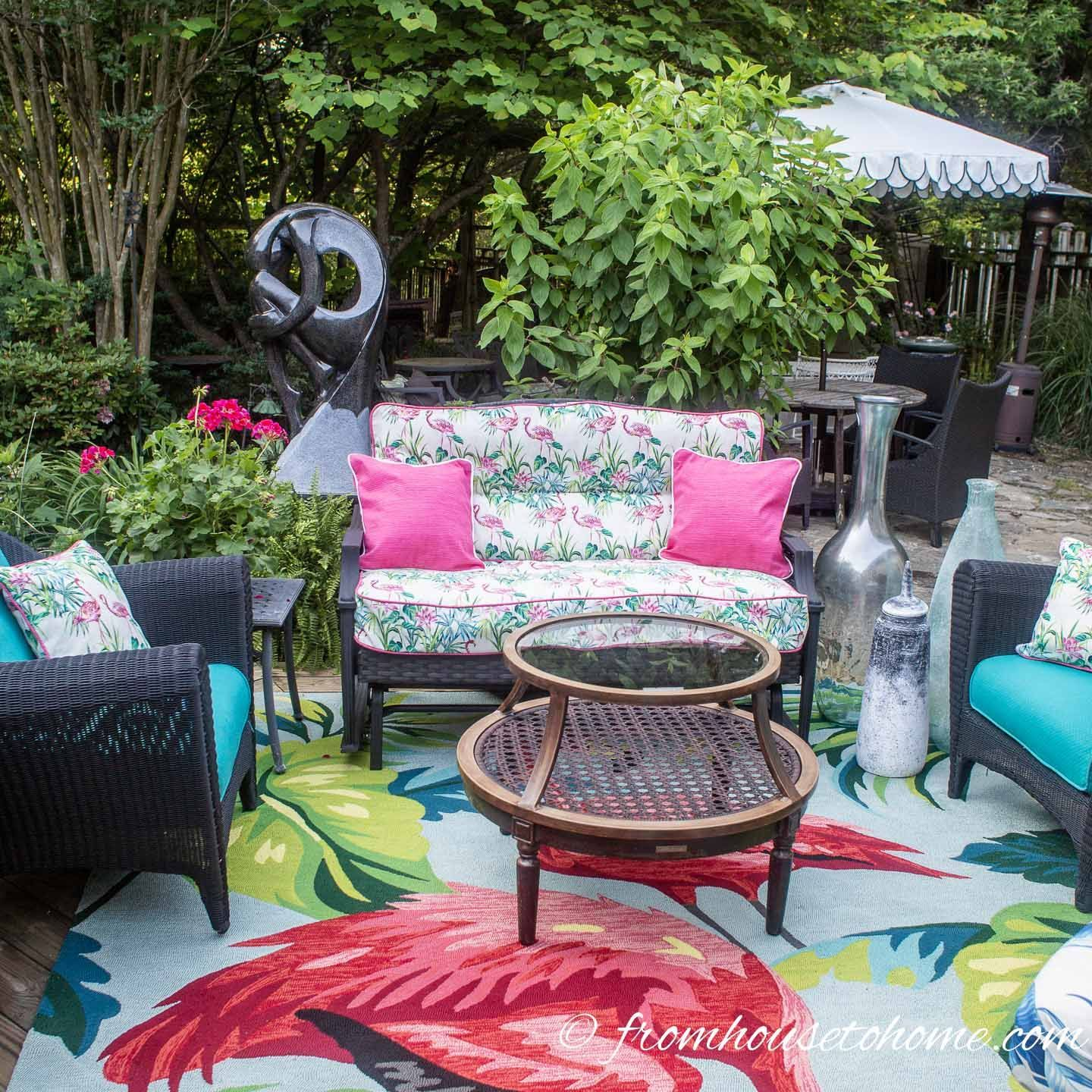 Small Patio Decorating Ideas That Make Your Deck Into An Outdoor Oasis Small Patio Decor Outdoor Patio Decor Small Patio