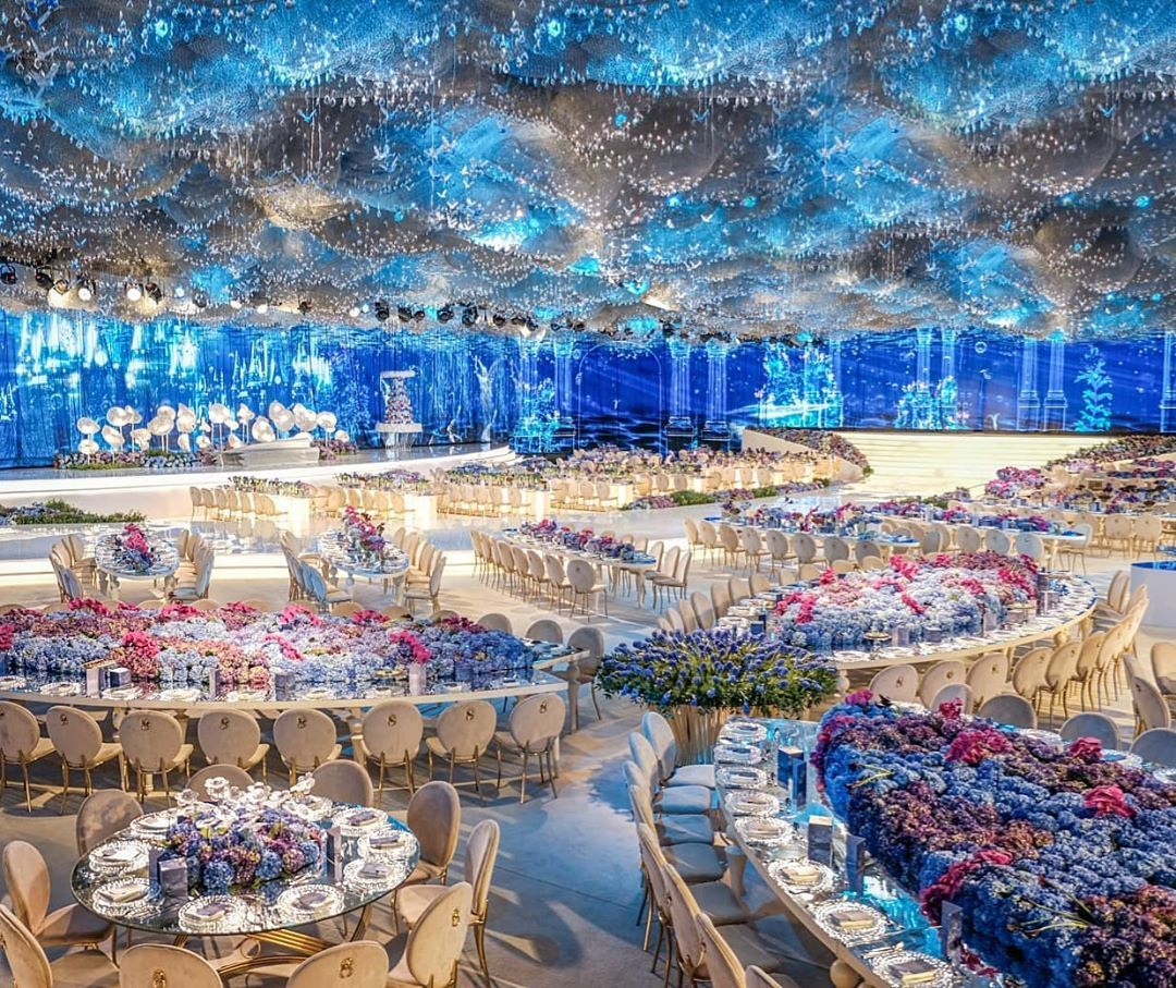 Lebanese Weddings On Instagram Taking You To The World Of Fantasy This Wedding In Qatar Was An In 2020 Lebanese Wedding Luxury Wedding Decor Wedding Decorations