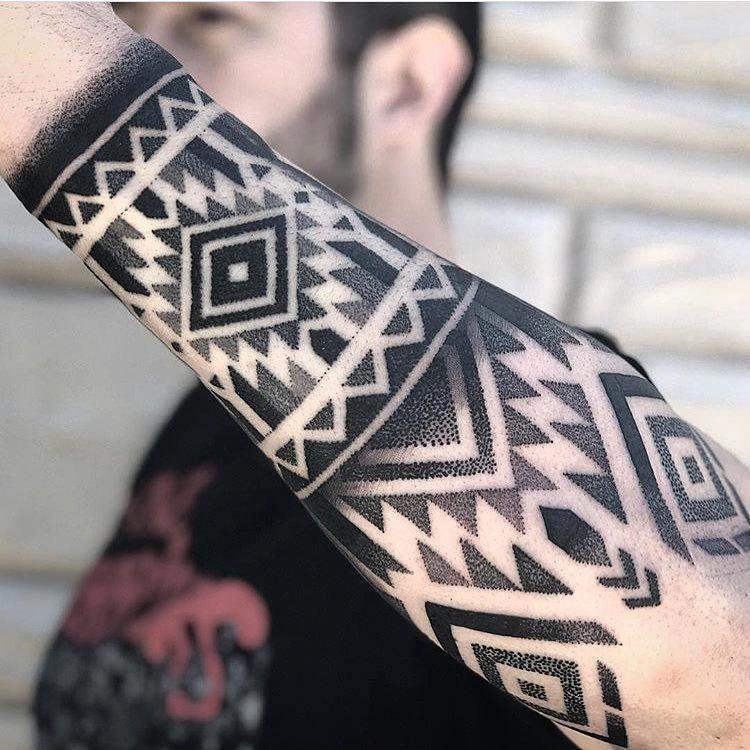 Simple Pattern Tattoos Patterntattoos Tatuirovki Rukava Tatuirovki Predplechya Geometricheskie Tatuirovki
