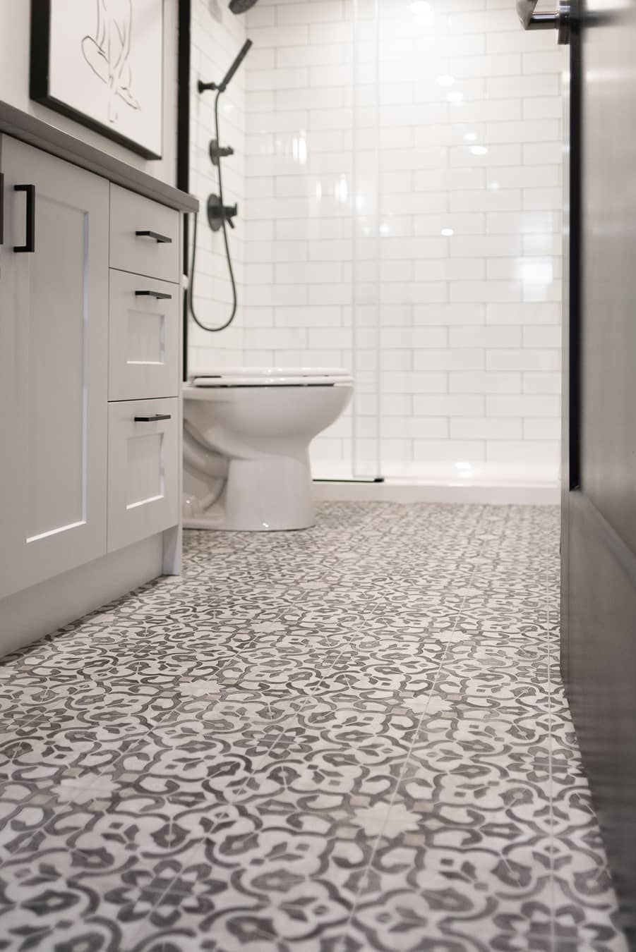 We Love How Our Vinyl Sheet Flooring In Filigree Helps This Sophisticated Bathroo Vinyl Flooring Bathroom Vinyl Sheet Flooring Luxury Vinyl Flooring Bathroom