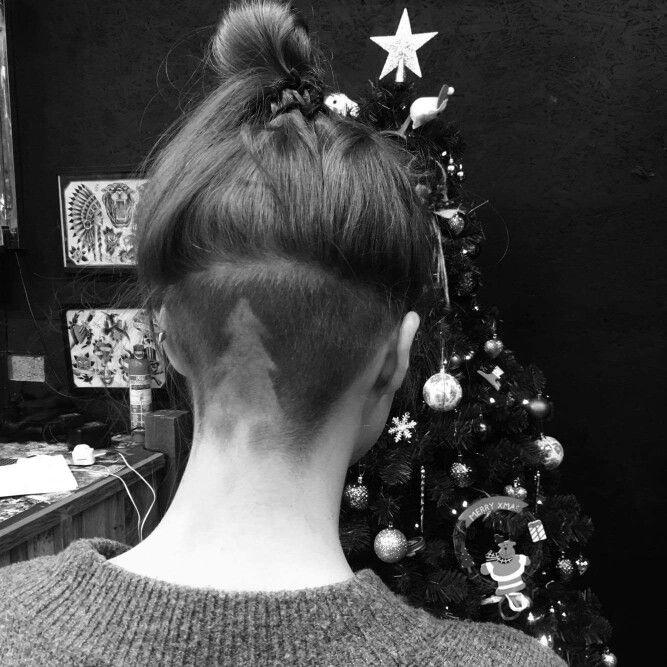 Christmas Tree Women S Undercut Design By Me Philth Like Festive Christmas Womensundercut Ha Shaved Hair Designs Undercut Hairstyles Undercut Hair Designs