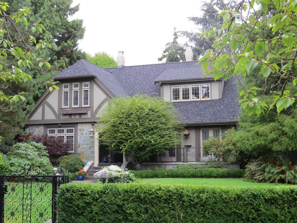 1000 Images About Tudor Style Exterior Options Designs On With Images Home Exterior Makeover House Exterior Tudor Style Homes
