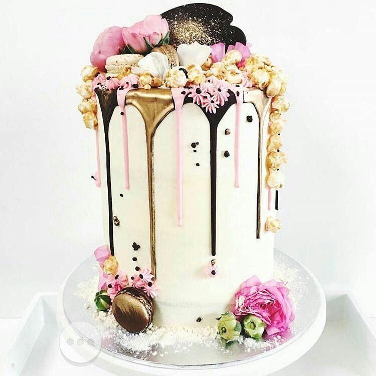 pin von doces id ias auf cakes modelos flowers pinterest torten wundersch n und kuchen. Black Bedroom Furniture Sets. Home Design Ideas
