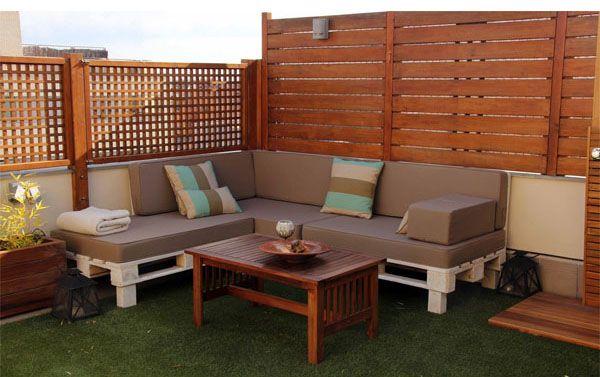 Reciclado de palets muebles biombos paneles pared etc for Reciclado de palets sillones