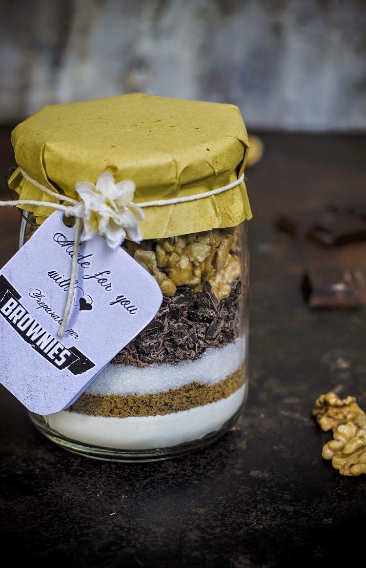 Ricetta Brownies In Barattolo.Fotogrammi Di Zucchero Preparato Per Brownies Al Cioccolato E Noci Regali Di Natale Homemade Regali Di Cibo Idee Alimentari Dolci In Barattolo