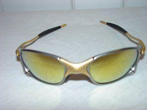 8dccf7538b A fabulous pair of Authentic Oakley Sunglasses X-Metal XX 24K Frame w 24k