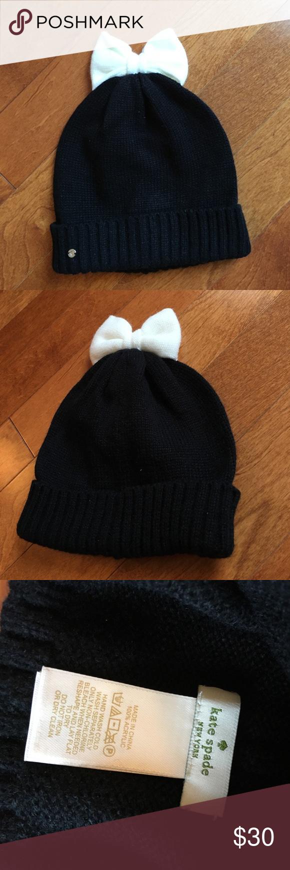 d482fbeea62a6e NWOT Kate Spade Bow beanie NWOT colorblock bow beanie kate spade Accessories  Hats