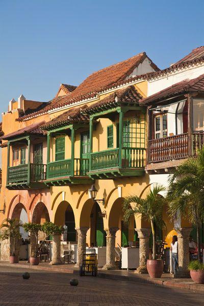 Colombia, Bolivar, Cartagena De Indias, Plaza de La Coches, previously known as Plaza de Esclavo - Slaves Plaza, Portal de les Dulces, Balconied houses