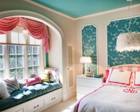 Bedroom Window Seat window seat ideas - add multicolored cushions for tweens bedroom