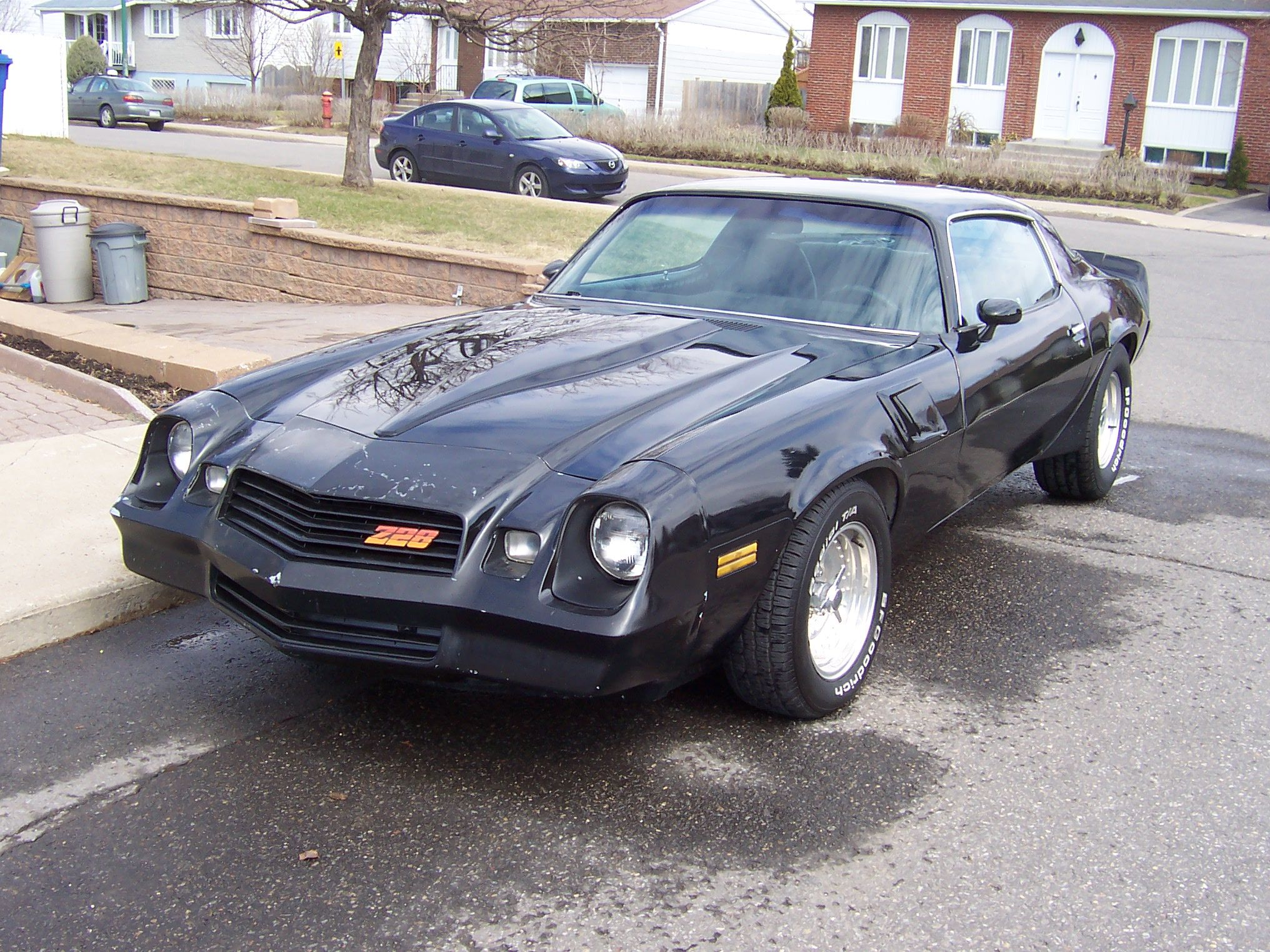 black 1980 chevrolet camaro not a 60s car [ 2032 x 1524 Pixel ]