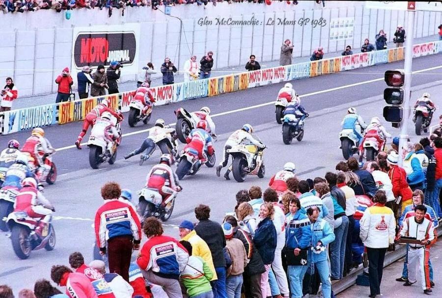 Accidentada salida en Le Mans '83! Con un toque entre Pellandini y Mamola. Victoria para Spencer. #EspecialGPFrancia