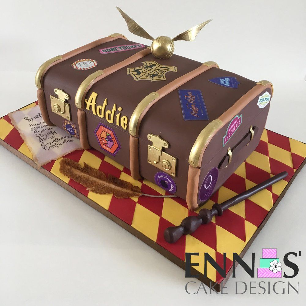 Harry Potter Trunk Cake Video Tutorial — Ennas' Cake Design