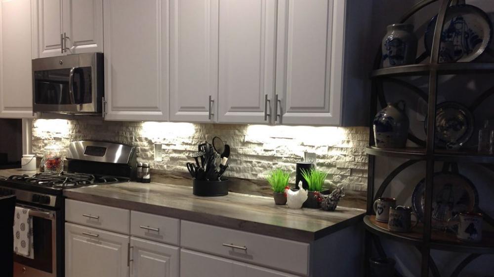 7 Ways To Use Stacked Stone To Create A Kitchen Backsplash Design Realstone Systems Kitchen Backsplash Designs Stacked Stone Backsplash Kitchen