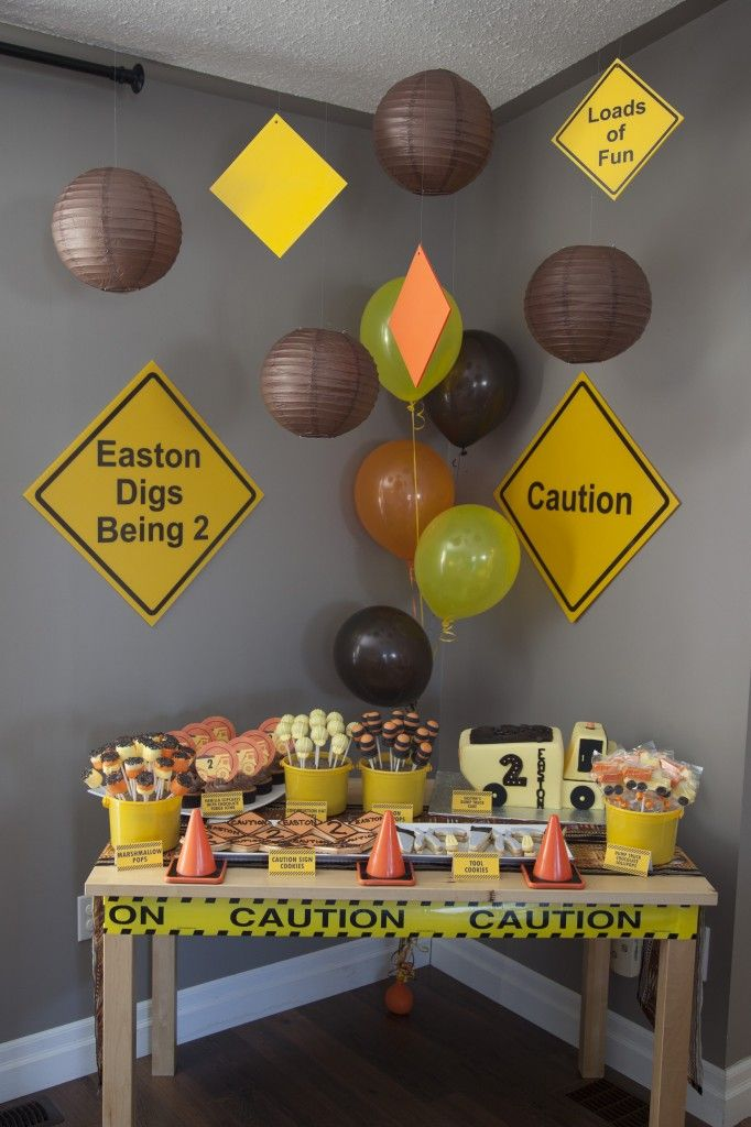 Construction themed 2nd birthday boy birthday for 2nd birthday party decoration ideas