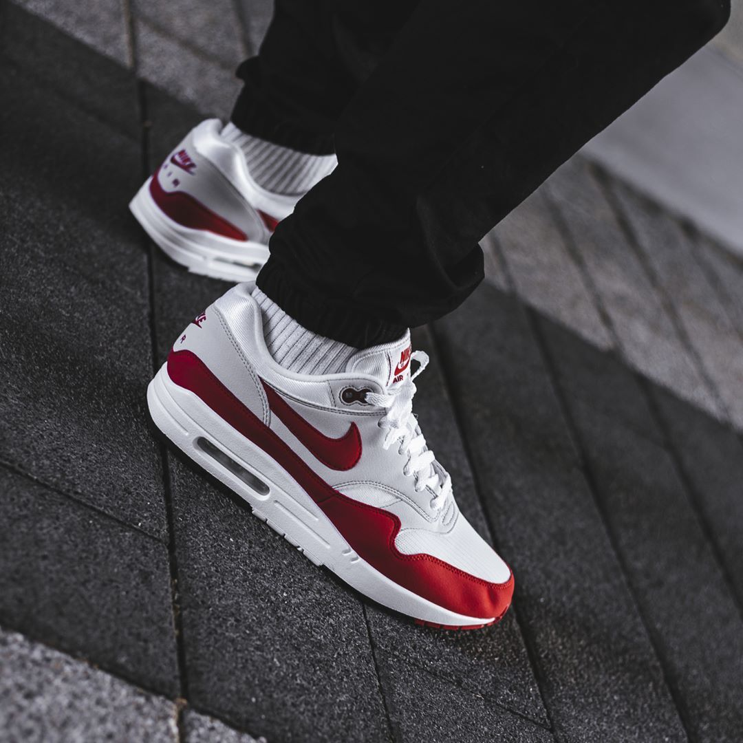 timeless design ab713 9974a Release Date   September 23, 2017 Nike Air Max 1 « Anniversary » Credit    BSTN