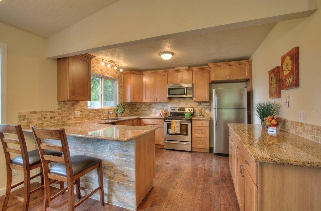 27+ Incredible Pecan Colored Kitchen Cabinets - Interiors ...