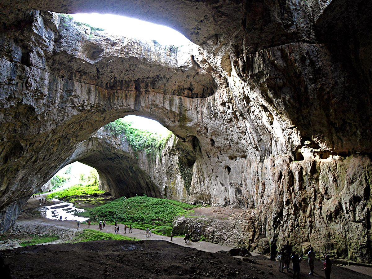 Hisarya Fortress Lovech Bulgaria Natural Arches In Devetashka Cave Utar Sigmal Wikimedia