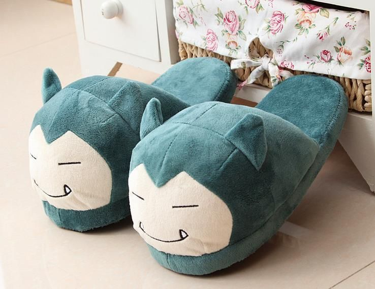 Nwt One Size Eevee Pokemon Slippers
