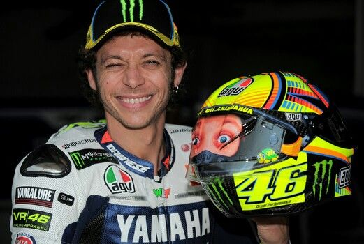 Valentino Rossi sepang 2014 test - visor with a sticker of vales face in the back of his helmet haha!