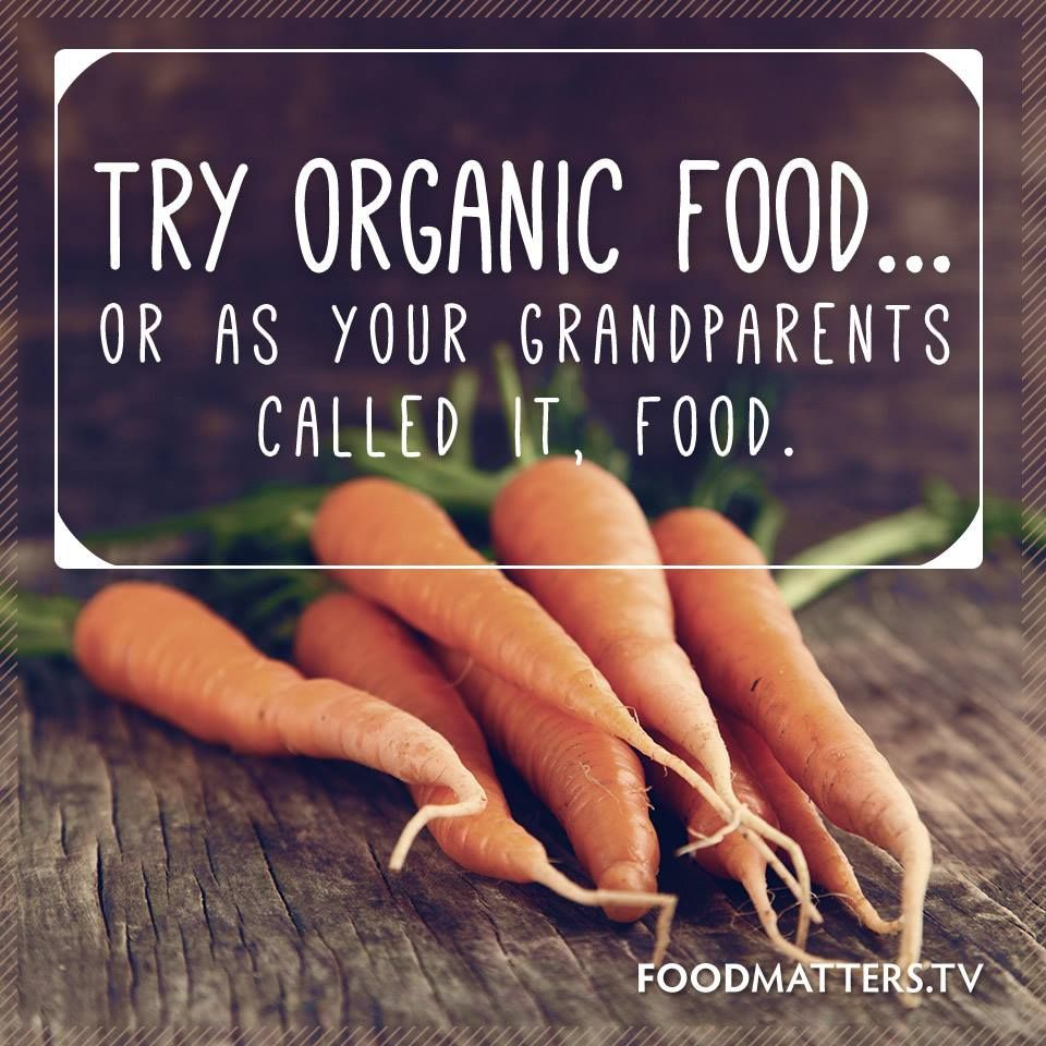benefits of eating organic foods Benefits of eating organic food include less ingestion of dangerous chemicals, fresher food, better labor practices and safety for the farm workers.
