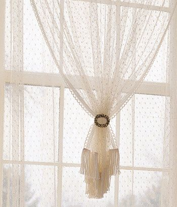 use a vintage brooch to gather curtains what a fabulous idea and i rh pinterest com