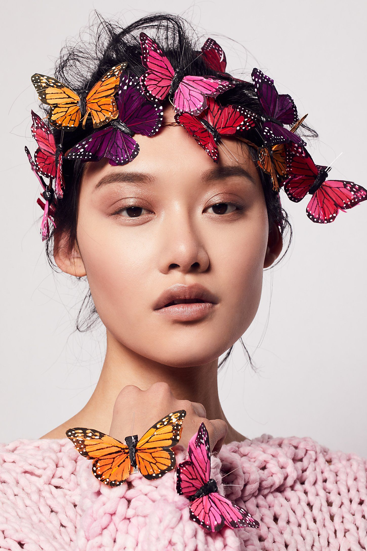 Shop our Meadow Monarch Crown Set at Free People.com. Share style pics with FP Me, and read & post reviews. Free shipping worldwide - see site for details.