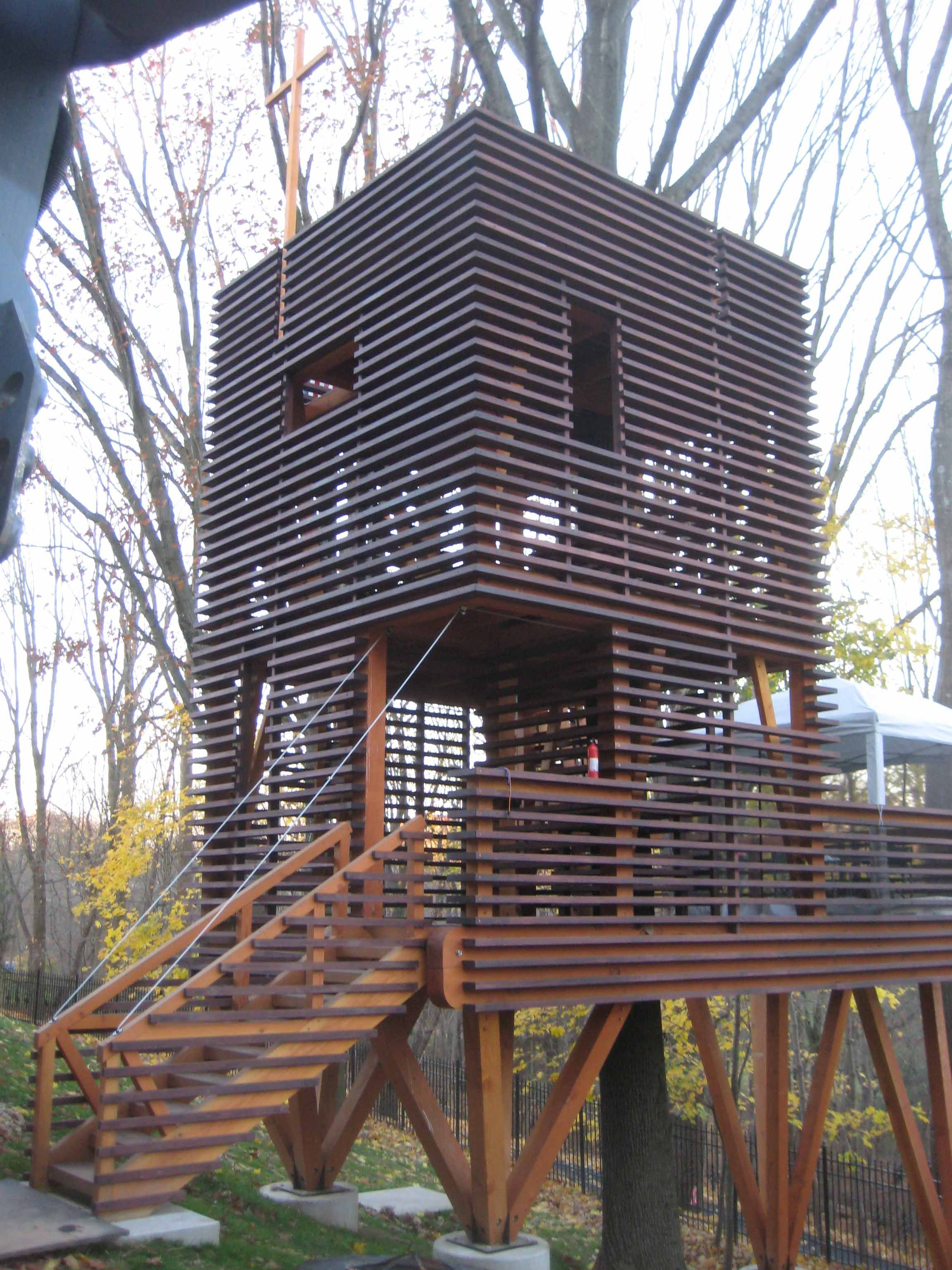 Robinson crusoe style of treehouse timber framed with douglas fir with spani - Robinson crusoe style ...