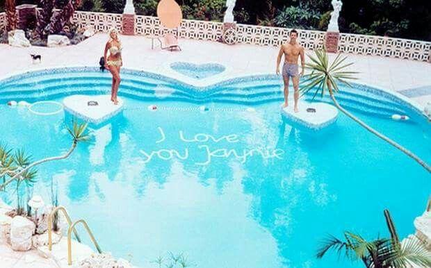 Nice Jayne Mansfieldu0027s Famous Heart Shaped Pool. Demolished Unfortunately. Good Looking