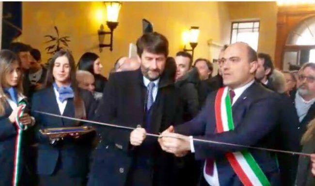 Franceschini è ad Osimo battesimo con il ministro per i Capolavori dei Sibillini   Cron https://t.co/qjncpXxYTn https://t.co/j7hMV1n5qO