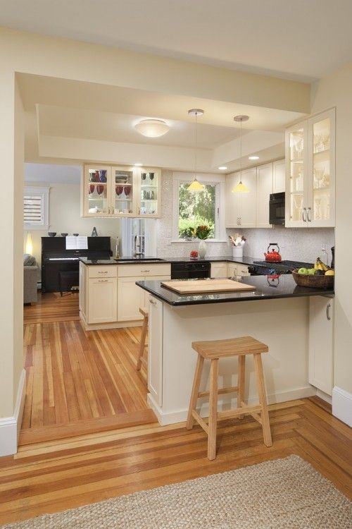 Decorate U Shaped Living Room With Fireplace: Good Layout In A Small Kitchen