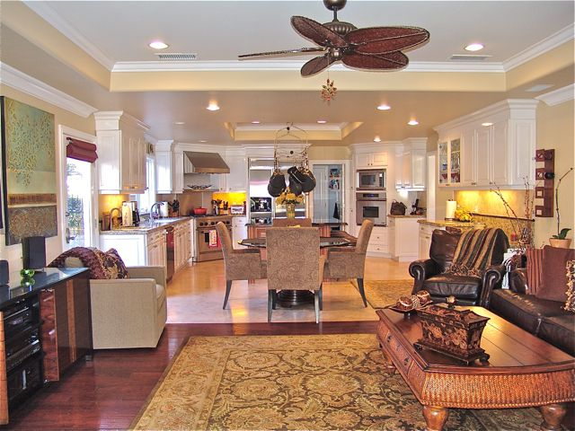 Beautifully Decorated Home.