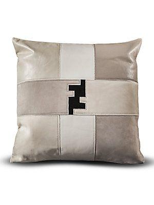Lenzuola Matrimoniali Fendi.Fendi Casa Patchwork Fendi Logo Pillow Lenzuola