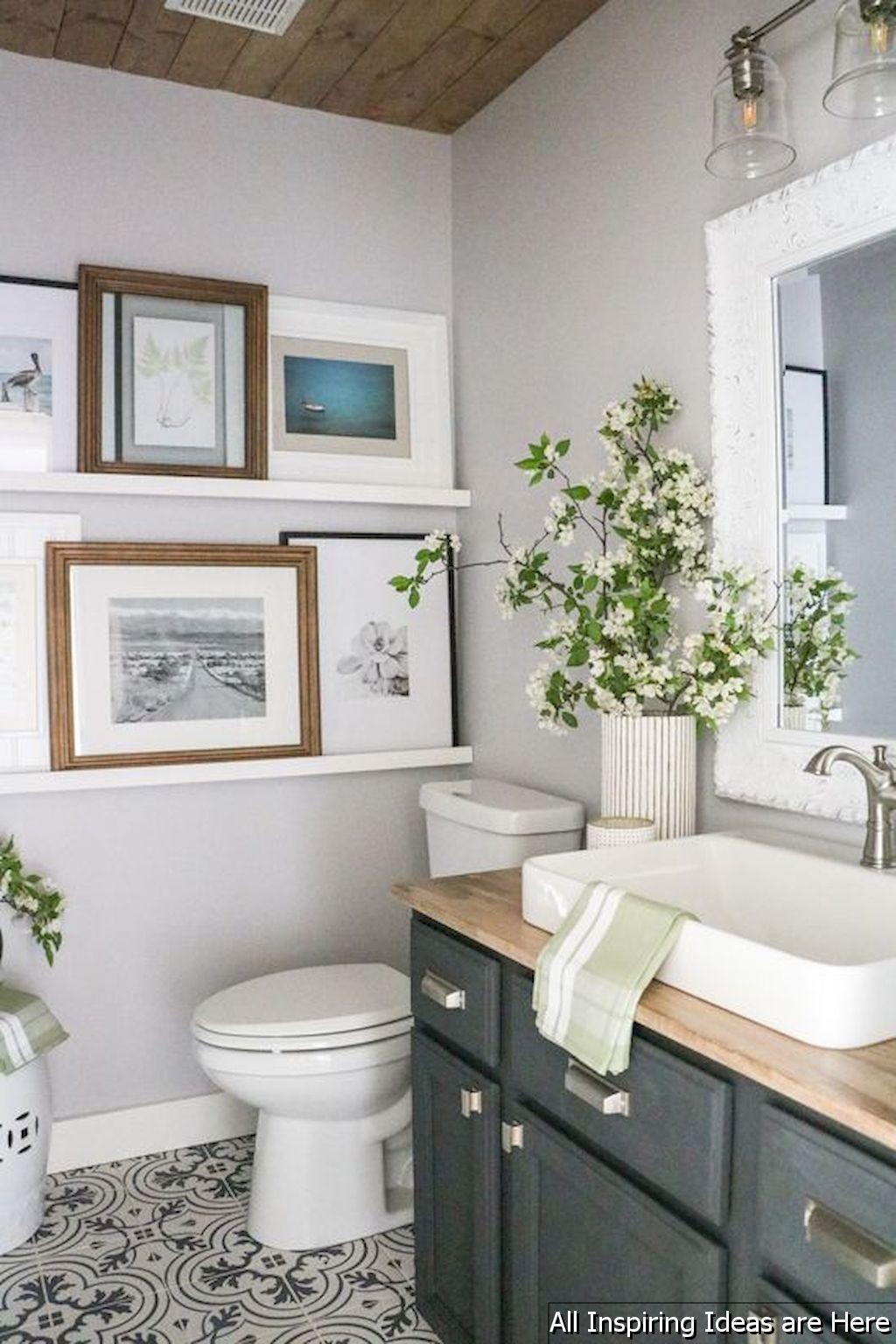 Gorgeous 40 Minimalist Modern Farmhouse Small Bathroom Decor Ideas ...