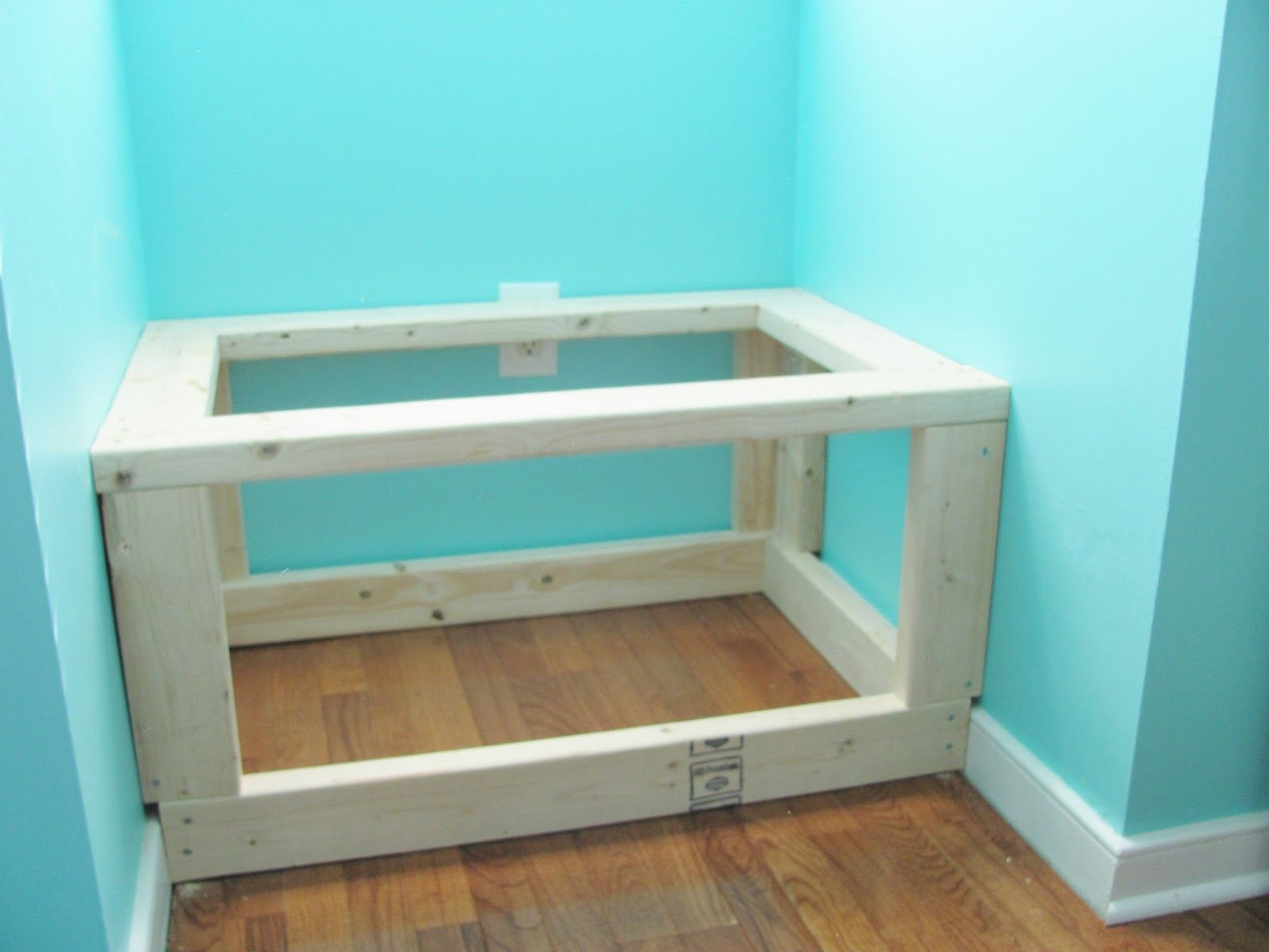Silver Lining Decor: DIY Built In Window Seat And Storage More