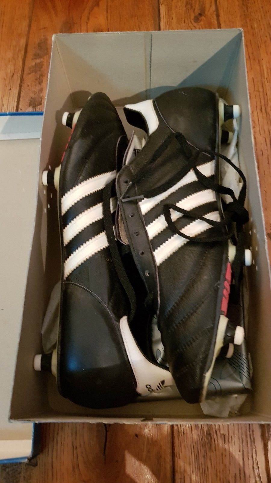 10a13a24e ADIDAS VINTAGE SHOES WORLD CUP 82 NEW IN BOX FOOTBALL RARE 80s WEST GERMANY