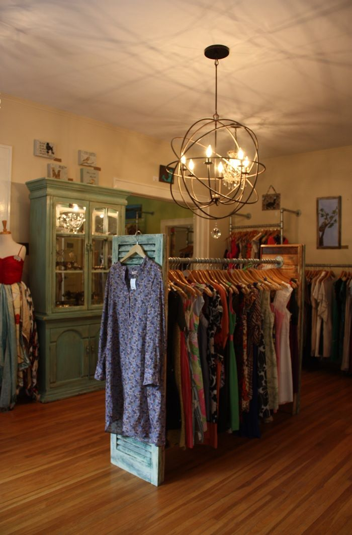 life in mod summerbird consignment my weekend mommy job dream home clothing displays. Black Bedroom Furniture Sets. Home Design Ideas