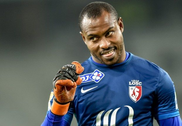 Image result for Vincent Enyeama escapes football fans Attack in France