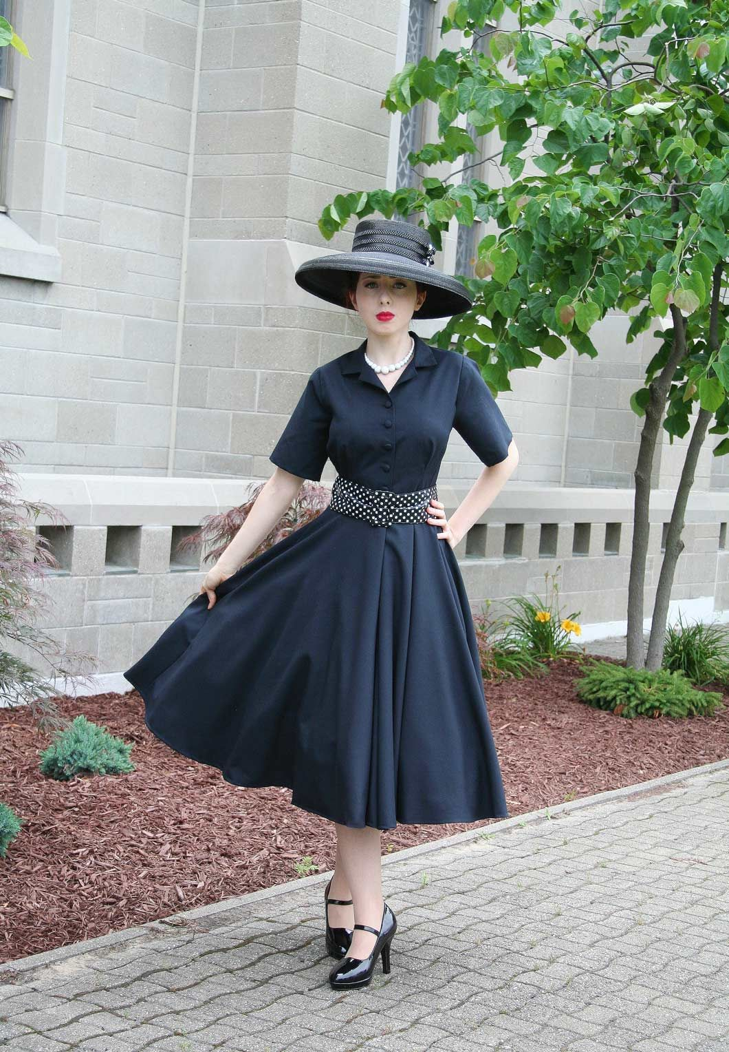 Claudette Retro Black Dress Retro Black Dress 1950s Inspired Dress Classy Work Outfits [ 1528 x 1060 Pixel ]