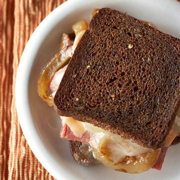 Game Night: Mini Reuben Melts