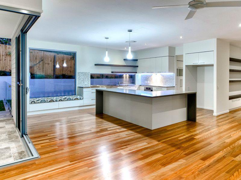 Modern Contemporary Open Plan Kitchen