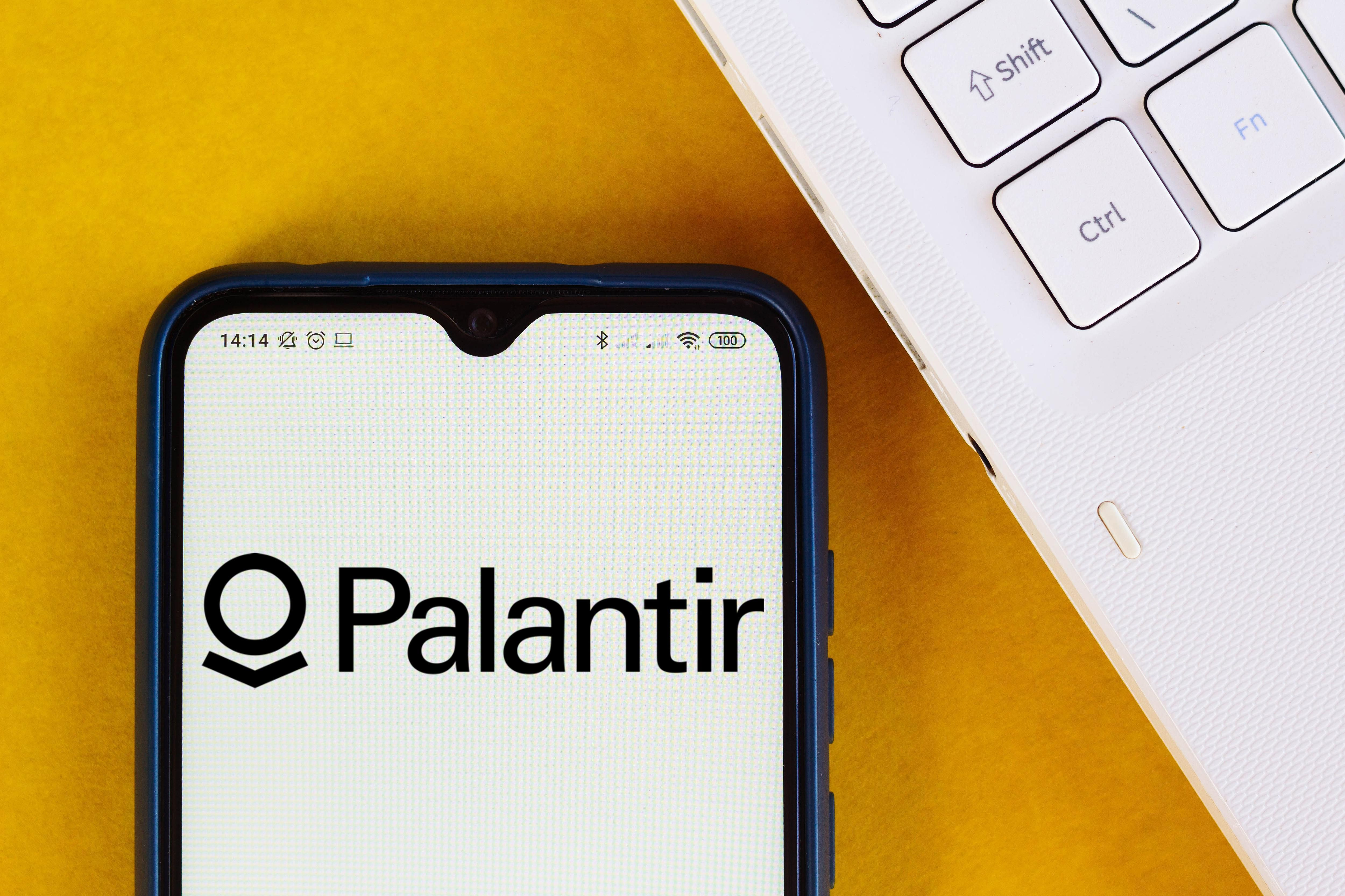 Palantir Stock Looks Attractive At 9 But There Are Two Key Concerns In 2020 Marketing Samsung Galaxy Phone Public Market