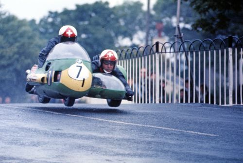 jean claude and albert castella isle of man ballaugh bridge 1971 sidecar racing pinterest. Black Bedroom Furniture Sets. Home Design Ideas