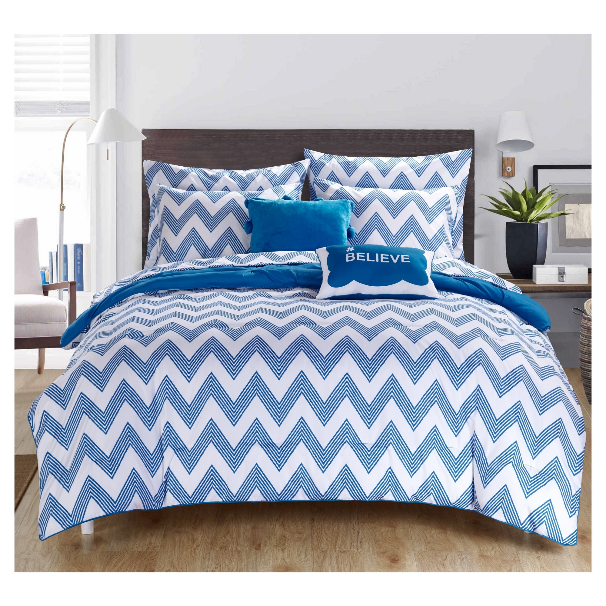 Foxville Pinch Pleated and Ruffled Chevron Print