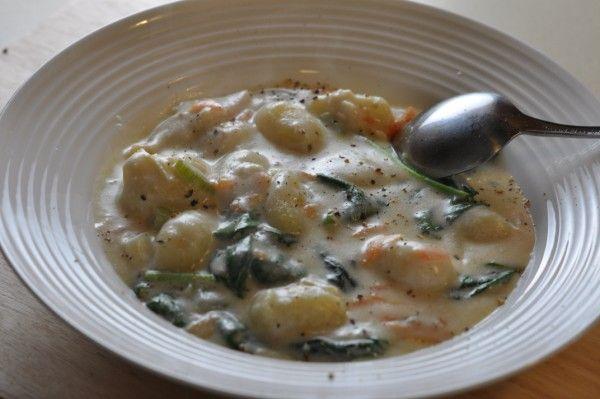 chicken and gnochi soup - copykat olive garden recipe