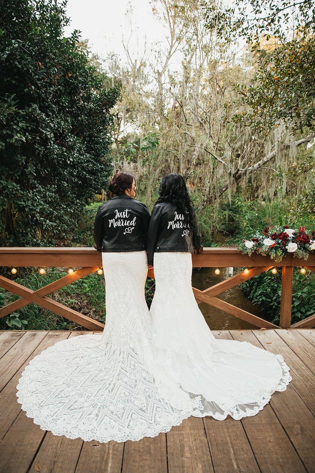 Rachel + Ashton's Romantic Christmas Wedding | Cross Creek Ranch