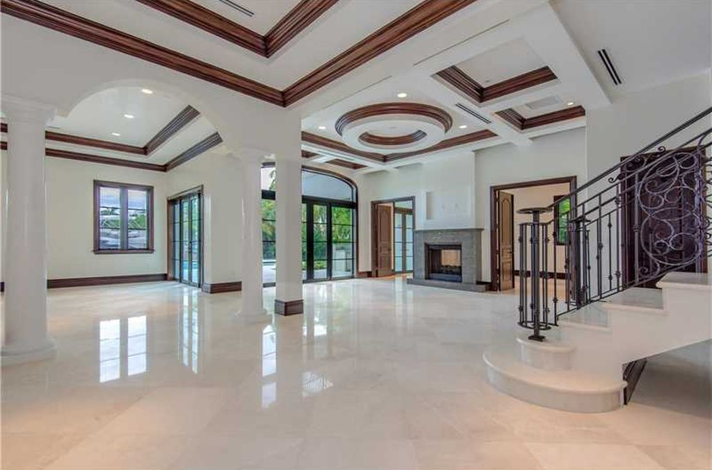 View 25 photos of this $4,550,000, 6 bed, 9.0 bath, 6500 sqft new construction single family home located at Tamarind Dr, Hallandale Beach, FL 33009 built in 2016. MLS # A10194569.