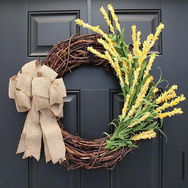 10 Minute Yellow Flower Wreath