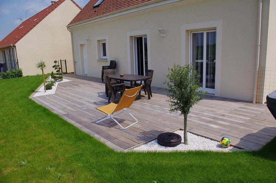 Terrasse bois et gravier sol ext rieur pinterest for Amenagement terrasse sol